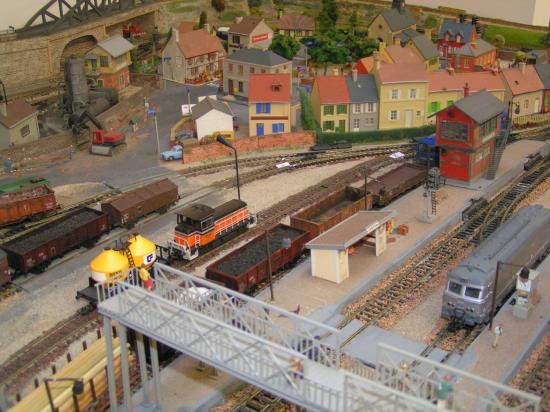 La gare et le village de Cudessac