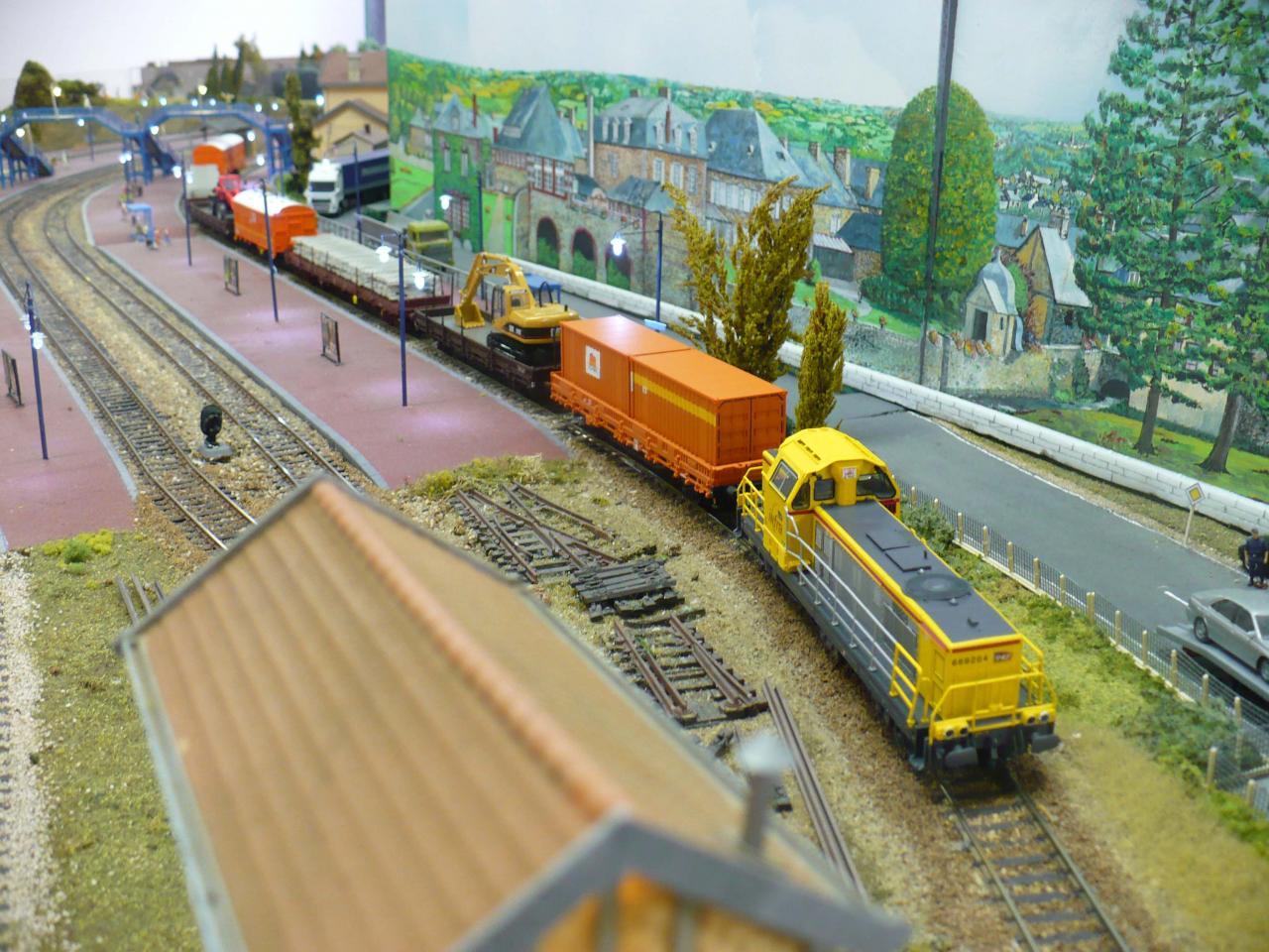 Train de travaux à Beaudécor