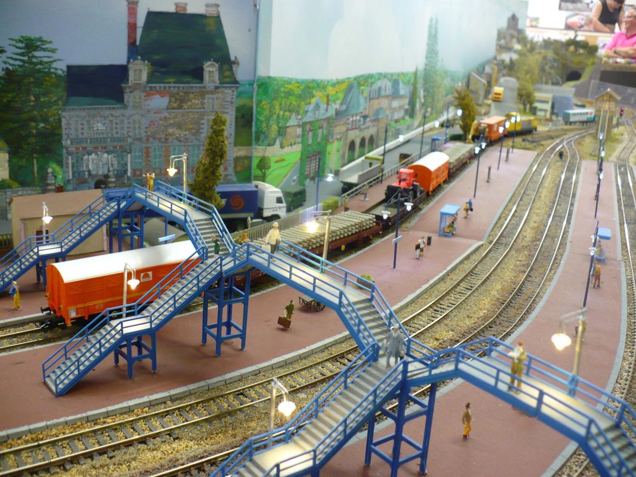 Autre vue du train Colas-rail